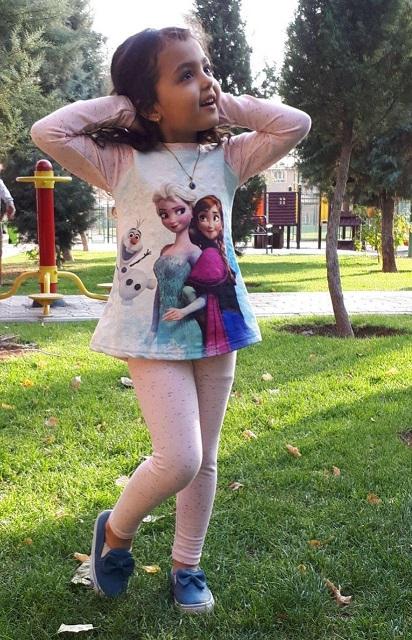 السا و آنا بچه